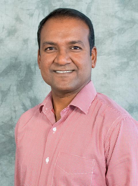 Dr. Vinayak Elangovan Headshot