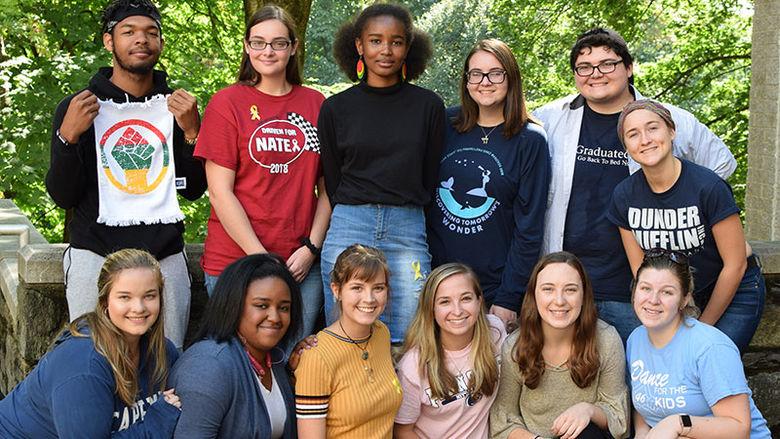 Student Volunteers group